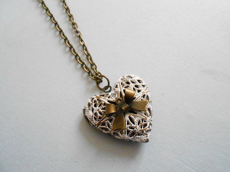 collier porte photo coeur - collier coeur - collier noeud - collier pendentif porte photo : Collier par esthete-bijoux