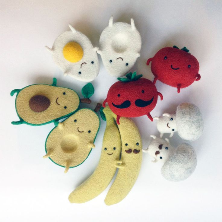 the sweetest <3 // Egg Love and Other Felted Wool Sculptures By Ukrainian Artist Hanna Dovhan