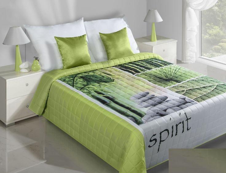 SPIRIT zeleno bílý přehoz na postel s motivem přírody