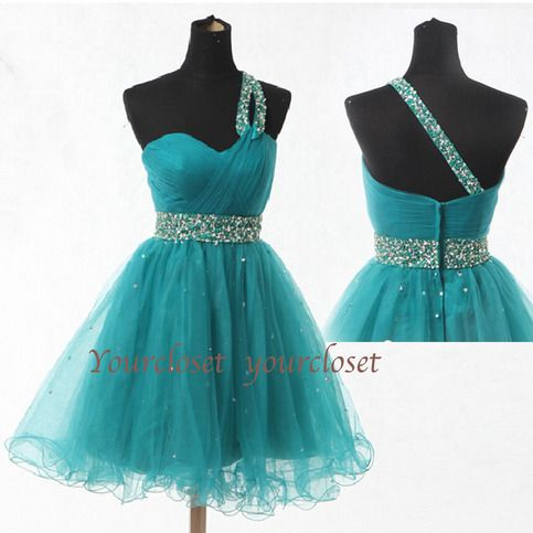Cute green prom dress with beading from Your Closet #coniefox #2016prom