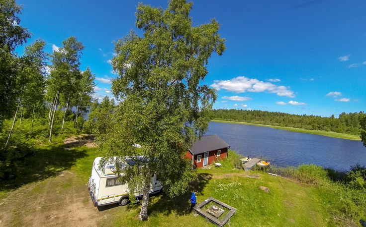 Lakeside, scenic parking by the boat house at Brovillan fishing resort