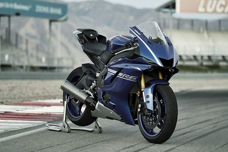 2017 Yamaha YZF R-6 Revealed https://blog.gaadikey.com/2017-yamaha-yzf-r-6-revealed/