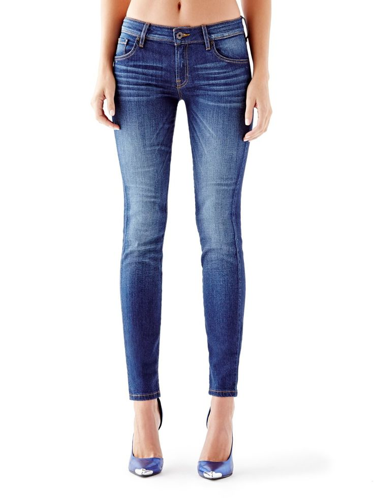 Mid-Rise Power Curvy Jeans in Reller Wash