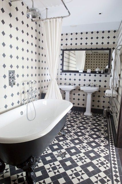 Monochrome - Bathroom Ideas - Tiles, Furniture & Accessories (houseandgarden.co.uk)