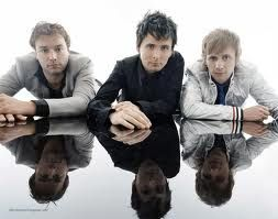 muse comment your favorite singer/song/band and ill pin a pic kk lets c what most ppl r in2 :D thnx and like if you like this band