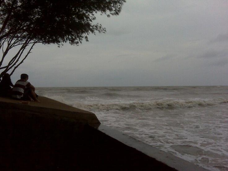 Semarang, angin barat pantai marina