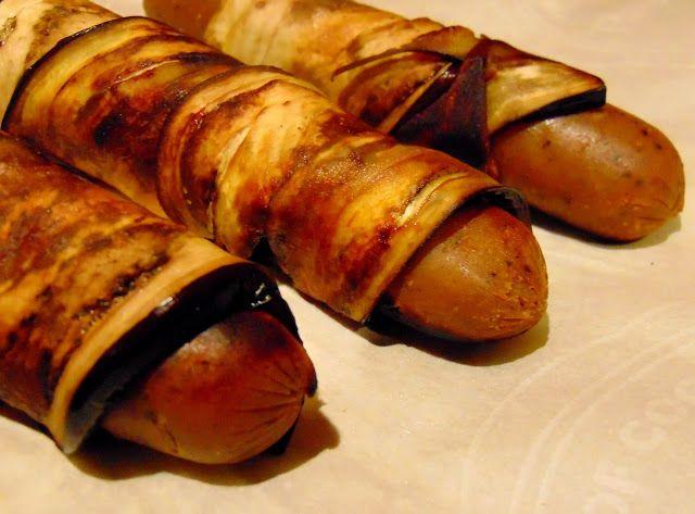 Je me suis inspirée de cette recette .        De fines tranches d'aubergines marinent dans;     un peu d'huile d'olive  un peu de paprik...