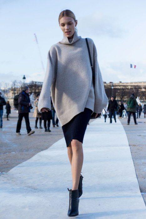 Photos: Street Style: Paris Fashion Week Fall/Winter 2014 | Vanity Fair. Classy and sexy.