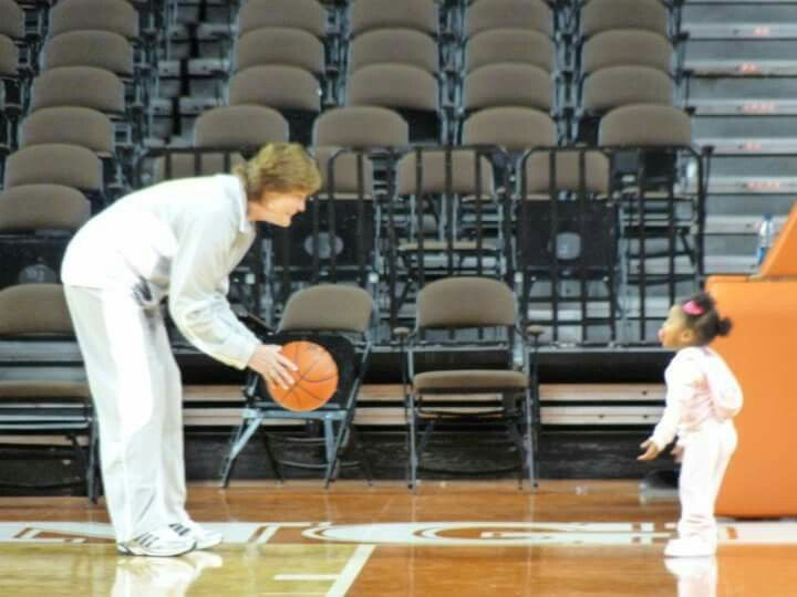 Coach Pat Summitt and future Lady Vol Lailaa Williams (Candace Parkers' daughter)