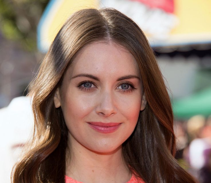 Alison Brie - Height, Weight, Bra Size, Measurements & Bio - http://celebie.com/alison-brie-height-weight-bra-size-measurements-bio/