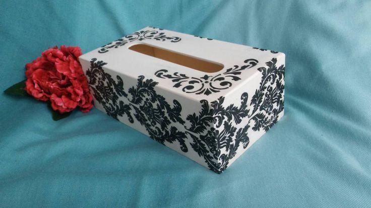 Black and white tissue cover box, wooden napkins holder, shabby chic box, handmade decorated de KristanArt en Etsy