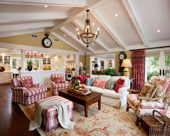 French country family living room living room loving for Small family living room ideas