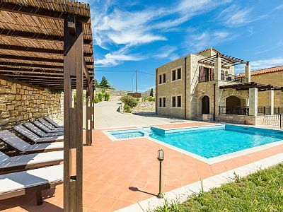 Rethymno villa rental - Lay by the pool and enjoy the sun!