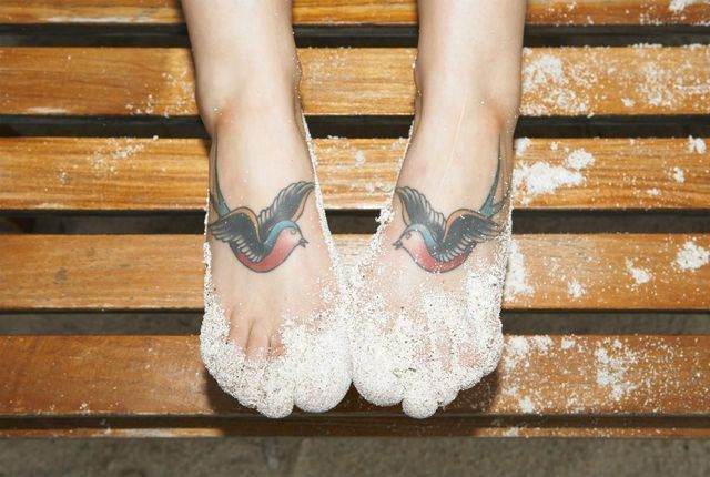 While the aftercare for most new tattoos is pretty standard, since getting my feet tattooed it has become apparent to me that foot tattoo care does warrant its own special set of instructions and tips. #tattoocareinstructions #tattoocaretips