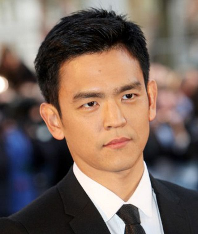 10 Hot Hair Looks for Asian Men: John Cho's Classic Short Hairstyle