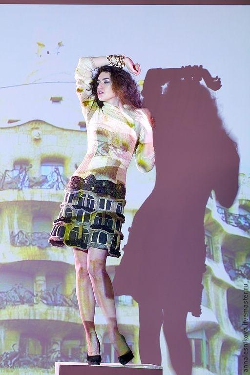 """Купить Платье """"Дом Гауди - 2"""" - бежевый, рисунок, Анна Лесникова, трикотаж от кутюр, от кутюр"""