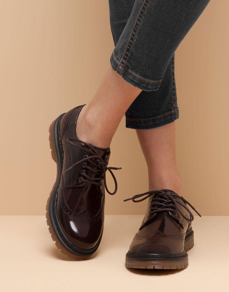 Chaussures - Sandales Post Orteil Luana Italie j5lG8y84
