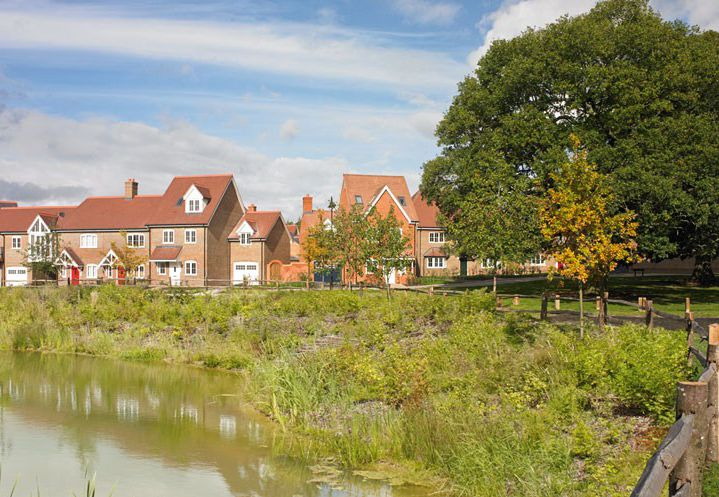 Great Oaks at Wickhurst Green combines traditionally designed homes with modern amenities in the desirable village location of Broadbridge Heath, close to Horsham, and less than one hour from London.