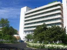 http://www.cazarepelitoral.ro/cazare-mamaia/hotel-comandor.html
