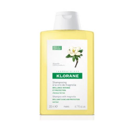 Klorane Klorane Magnolia Shampoo 200 Ml Klorane traslada los beneficios de la botanica al cuidado capilar. El shampoo  a la cera de magnolia devuelve el  brillo a los cabellos. Resultados: Cabellos 84% mas brillantes, 88% más suaves y  91% más protegidos desde la primera aplicación. Toda una experiencia Polisensorial para lograr  el brillo que siempre has soñado.