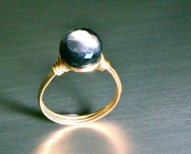 Gray Moonstone and Gold Ring.Gray Moonstones, Gold Rings, Jewelry