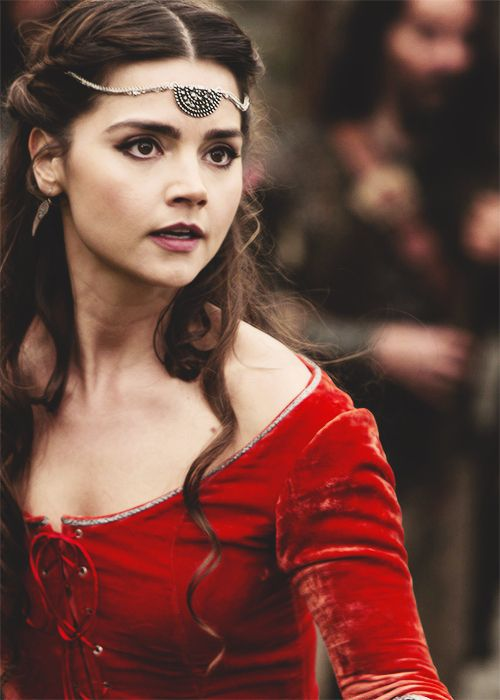 Clara Oswin Oswald - Robot of Sherwood. One of her prettiest costumes!!!