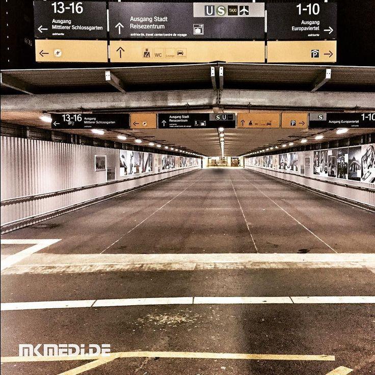 Markus Medinger Picture of the Day | Bild des Tages 02.11.2016 | www.mkmedi.de #mkmedi  #365picture #365DailyPicture #pictureoftheday #bilddestages #streetphotography  #instagood #photography #photo #art #photographer #exposure #composition #focus #capture #moment  #stuttgartlikeNY #nyfeelings #mainstation #stuttgartlove #kesselstadt #urban #streetphotographystuttgart  #hauptbahnhof #stuttgart #badenwuerttemberg #germany #deutschland  @deinstuttgart @badenwuerttemberg @visitbawu @srs_germany…