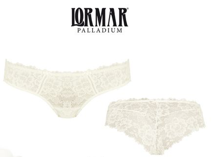 Kalhotky v barvě šampáň od Lormar.