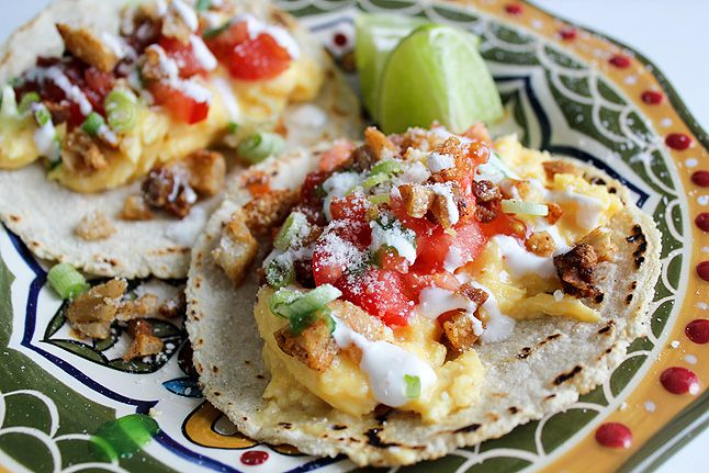 Breakfast Tacos con ChicharronBreakfast Brunches, Mr. Tacos, Tacos Con, Food, Con Chicharron, Chicharron Breakfast, Drinks, Tacos Recipe, Breakfast Tacos