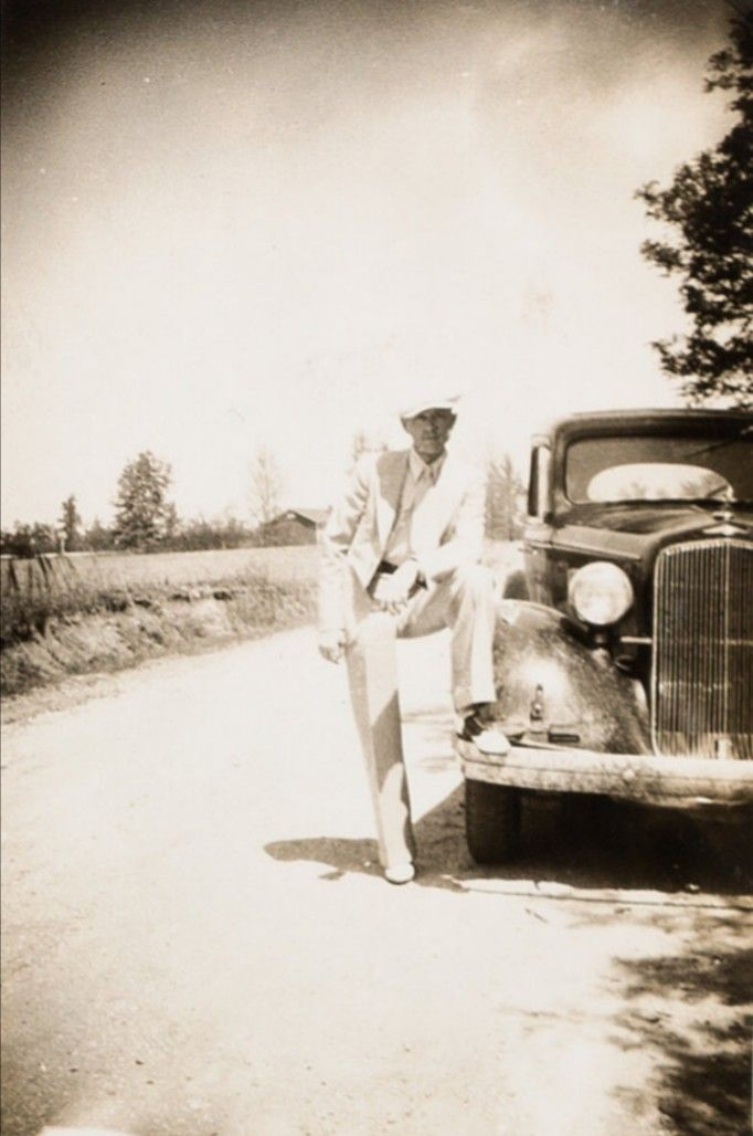 Bonnie And Clyde Bonnie And Clyde Photos Bonnie And Clyde Pictures Bonnie Parker