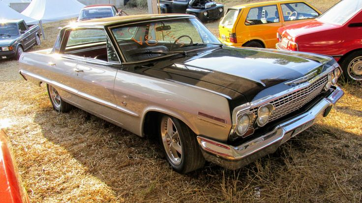 Chevrolet Impala Hardtop  4 Doors  1963