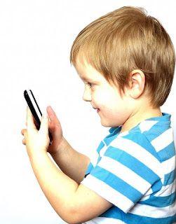 Christelijk opvoeden: Geef jonge kinderen geen mobiele telefoon