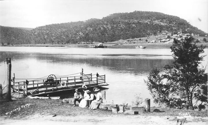 "Punt crossing at Wisemans Ferry in 1908-10.J.L. Phegan's launch ""Merry Days"" is in the background.A♥W"
