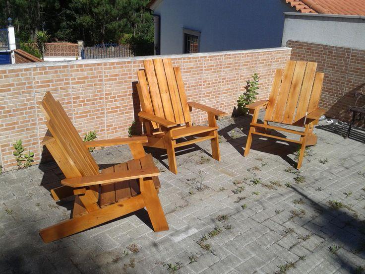Relax Pallet Chairs #PalletAdirondackChair, #PalletChair, #RecycledPallet