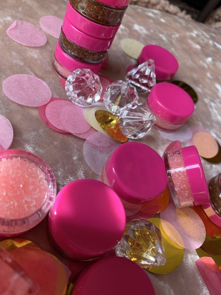 lip scrubs 🦋👑 in 2020 Natural lip gloss, Lip scrub, How