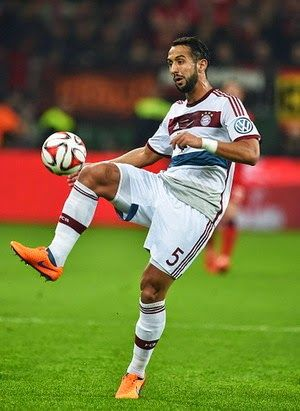 Porto Vs Bayern, Benatia Terancam Absen - Mehdi Benatia mengalami cedera otot dan dipastikan absen dalam beberapa pekan mendatang...