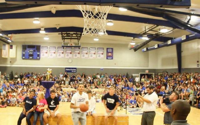 Stephen Curry brings the Larry O'Brien trophy to his high school alma mater, Charlotte Christian.