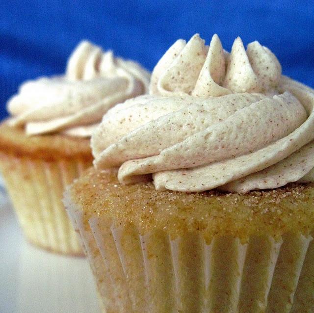 Ich habe ihr Kürbis-Gewürz-Cupcakes gemacht … und das sind die nächsten! Snickerdoodle Cupcakes | …