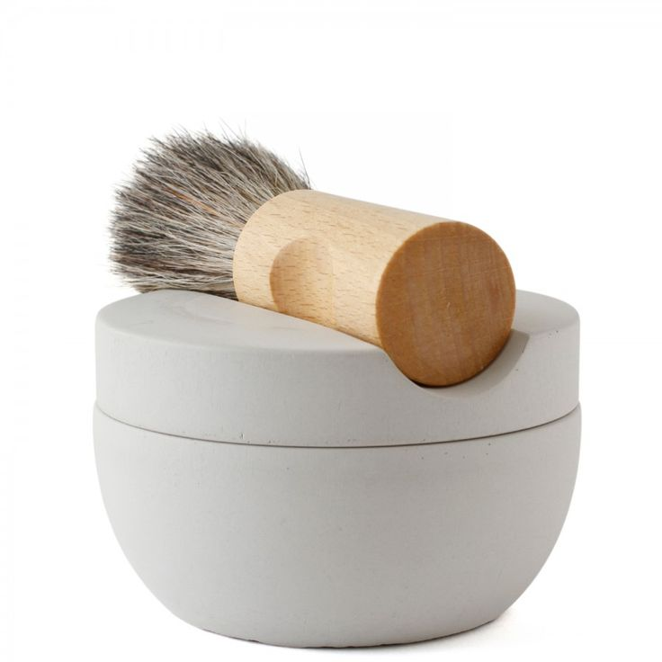 .MUST HAVE//IRIS HANTVERK SHAVING SET.  CONCRETE SHAVE CUP + MAPLE AND BADGER HAIR SHAVE BRUSH +  SANDALWOOD SHAVING SOAP = A HANDSOME ME