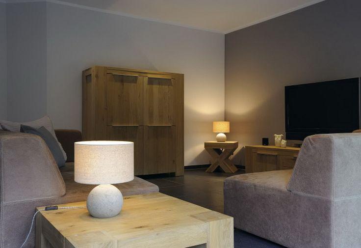 Stolní lampa BIG WHITE LA 155700 | Uni-Svitidla.cz Moderní pokojová #lampička vhodná jako doplňkové interiérové osvětlení domácnosti či kancelář #modern, #lamp, #table, #light, #lampa, #lampy, #lampičky, #stolní, #stolnílampy, #room, #bathroom, #livingroom
