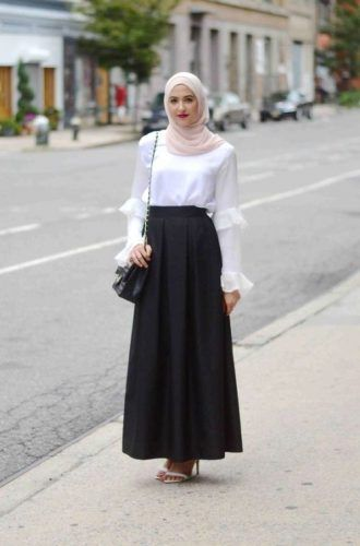 simple white blouse with maxi skirt- How to wear cute hijab in honeymoon http://www.justtrendygirls.com/how-to-wear-cute-hijab-in-honeymoon/