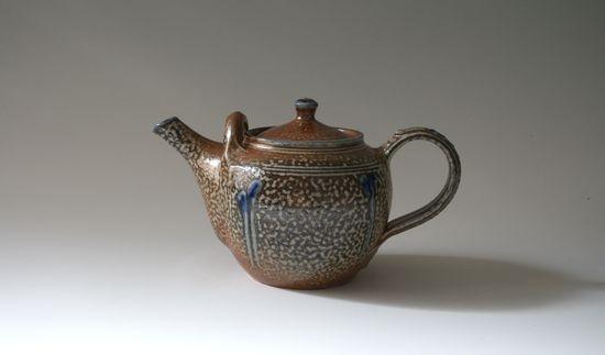 Toff Milway: salt glazed teapot
