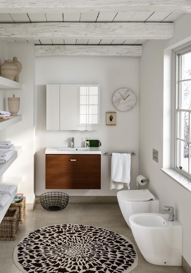 Idee Per Il Bagno Di Casa.Sanitari Piccoli Per Risparmiare Spazio In Bagno Cose Di Casa Mobile Bagno Design Del Bagno Idee Per Interni