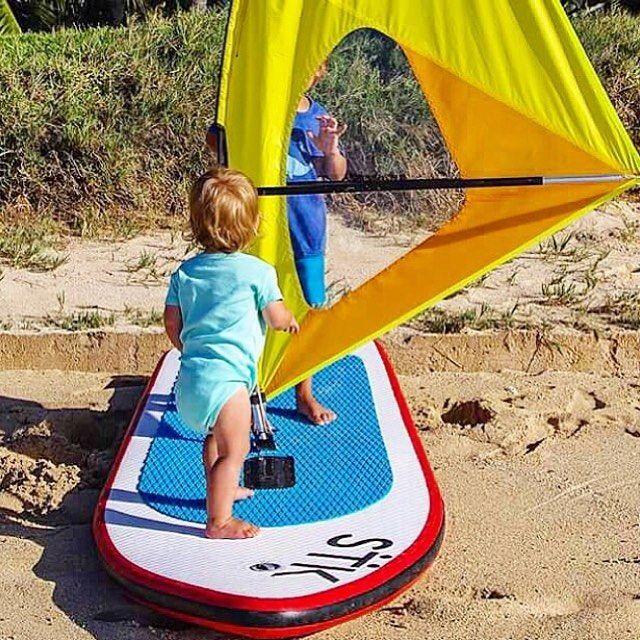 Sharing is caring - and teaching your siblings is the coolest thing☀️  #Summerdays #WhipperFamily #Ohana #WhipperKids #WhipperFun #KidsatSea #Kidsonboard #Surf #WorldofWindsurf #KidsfirstWindsurf #BeachKids #SurfGroms #Windsurfing #Upcomlings #SurfKids #Awesome #ActiveKids #Maui #Hawaii #WindsurfKids #WhipperKids