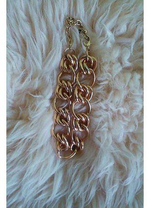 Kupuj mé předměty na #vinted http://www.vinted.cz/doplnky/nahrdelniky-and-privesky/10918416-netypicka-zlata-retaz-asos-super-stav