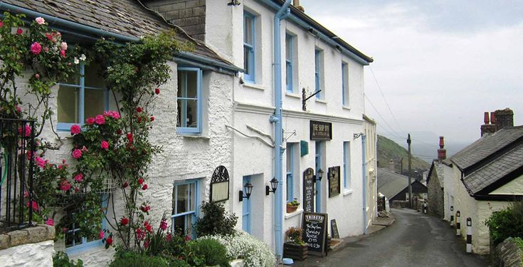 The Ship Inn in Portloe Cornwall Cottages near The Ship Inn, Portloe