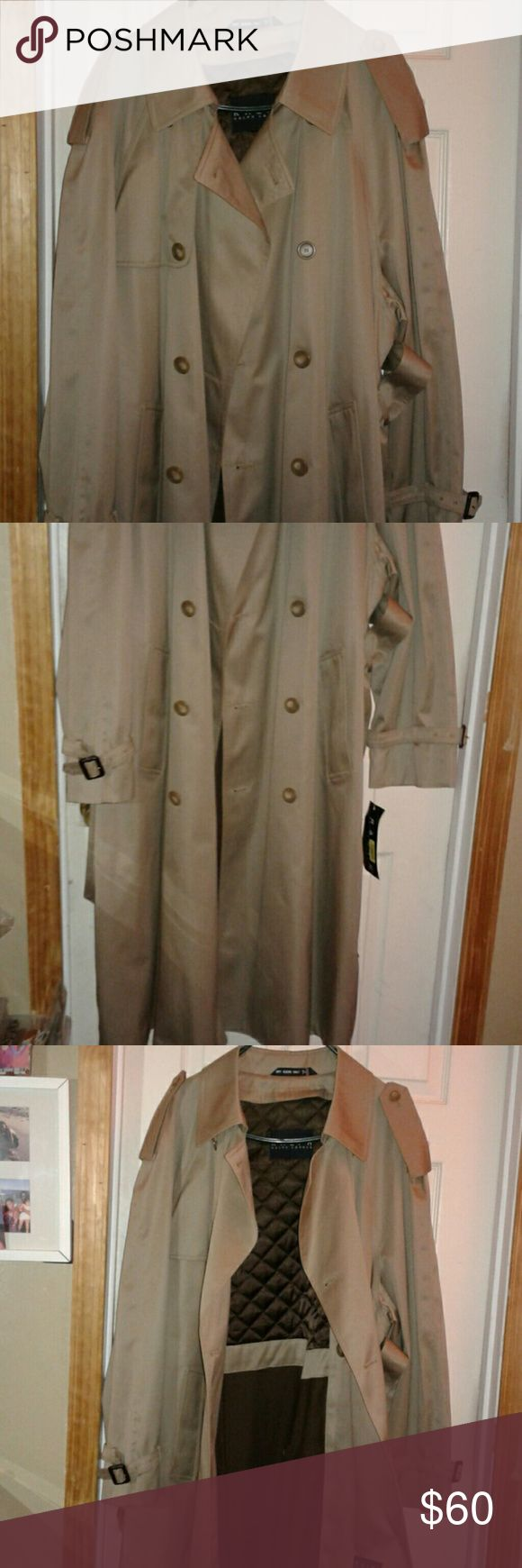 Mens Ralph Lauren Linned Trench Coat Size 44 R New New With Tags. Great Last minute gift. Ready to ship. Purchased from Dillards. Has a zip out lining. Size 44 Regular. Ralph Lauren Jackets & Coats Trench Coats
