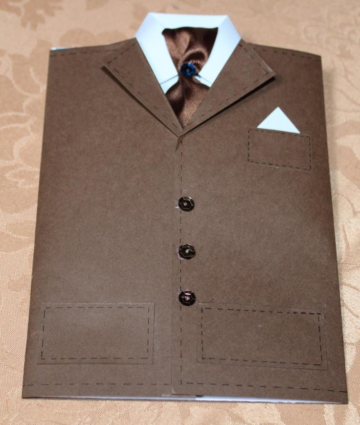 la giacca chiusa
