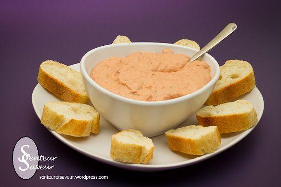 Tartinade de thon aux tomates séchées (thon en boîte, tomates séchées, crème, jus de citron, sel/poivre):