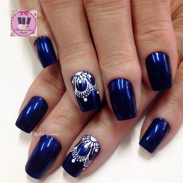 Nails #blue#filha#única#flor#vazada#mimo #madahsantana #manicure #nailartes #naoéadesivo #tudofeitoamaolivre #traçolivre